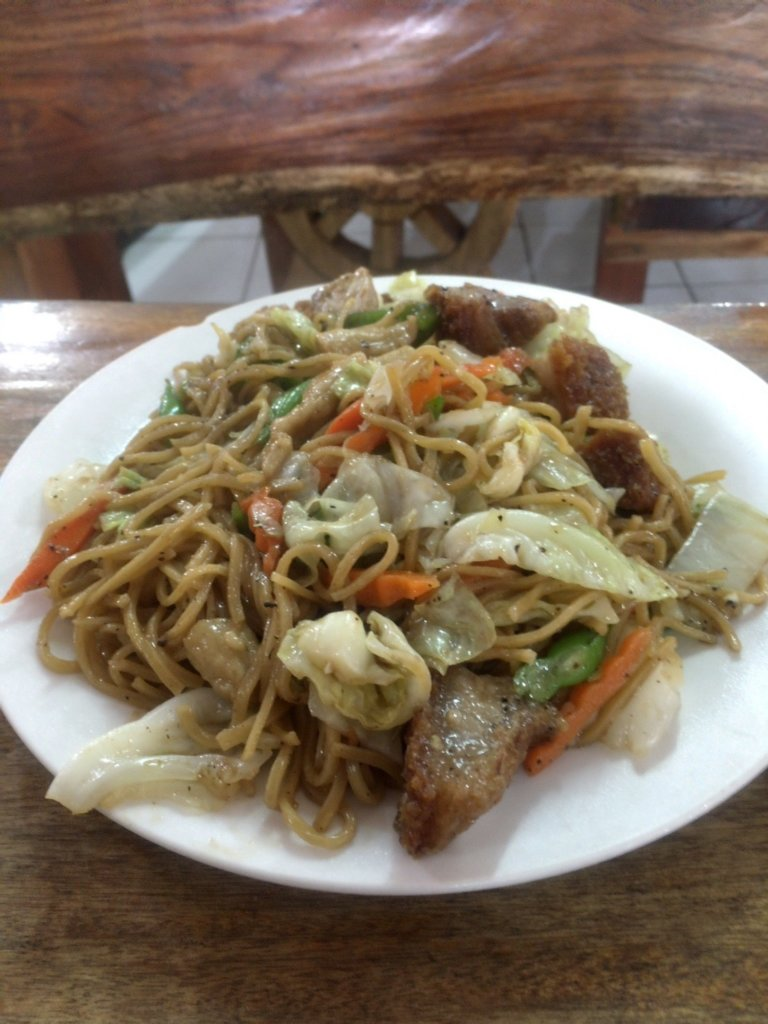 Daddy's Restaurant in Baguio philippines pancit