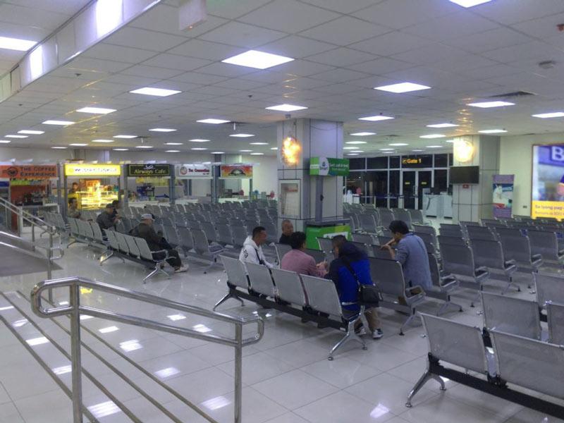 クラーク空港のゲート
