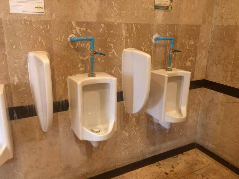 スピンアンドスライス トイレ