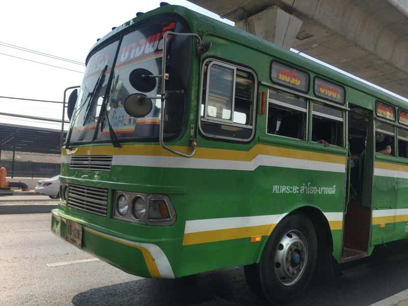 バンコクのバス移動