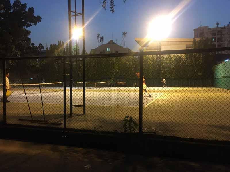 バンコクKSスポーツクラブテニスコート