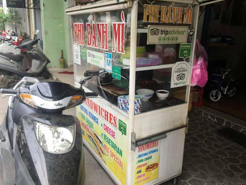 ホイアンアボカドバインミーのお店