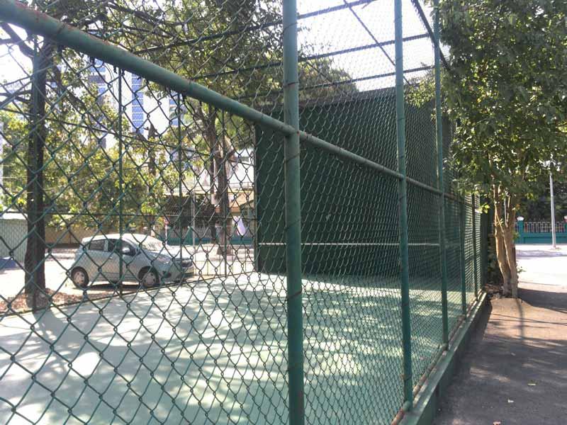 Lan Anhテニスクラブホーチミン壁打ち