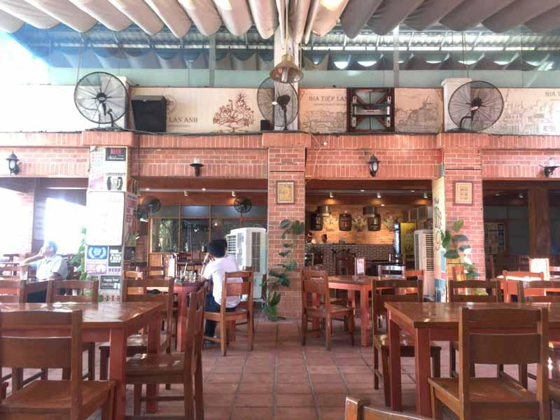 Lan Anhテニスクラブホーチミンのレストラン