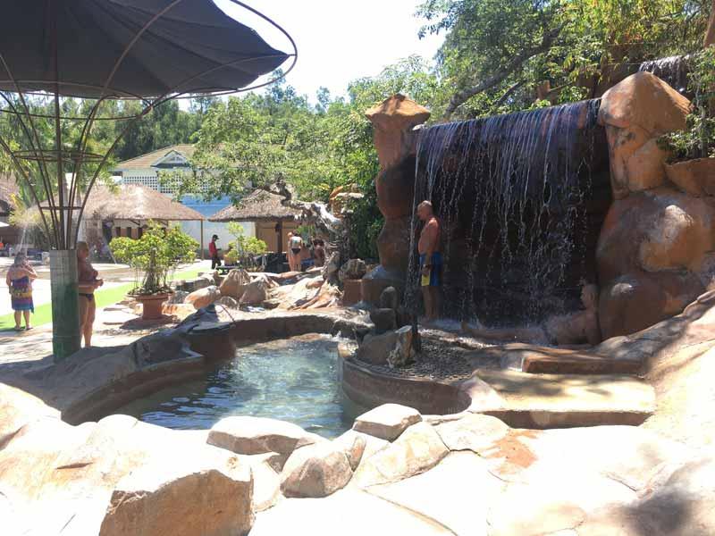 ニャチャン泥温泉の利用方法