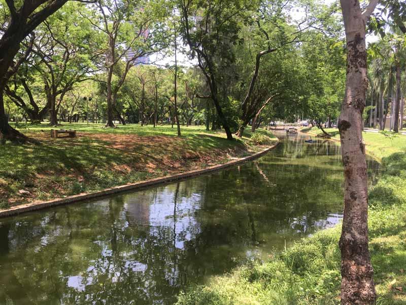 ルンピニー公園北側