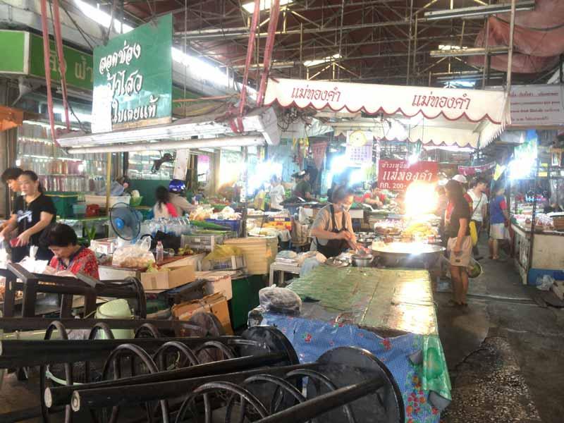 ウドムスック市場