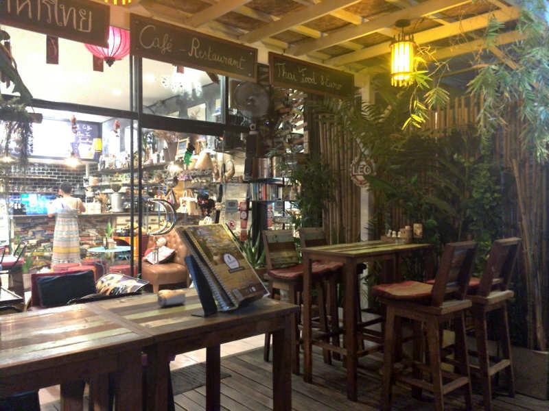 パタヤのカフェ