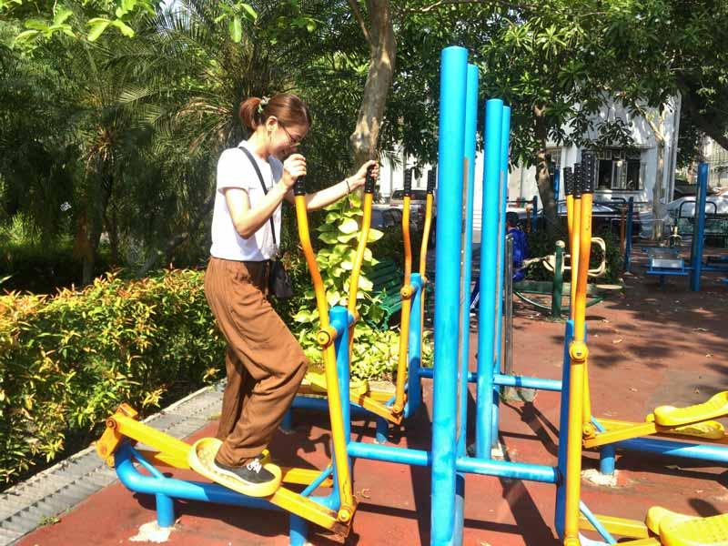 サラムロップ公園遊具