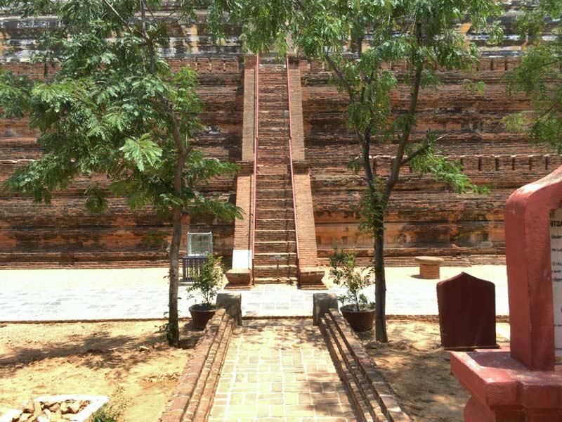 シェサンドー寺院