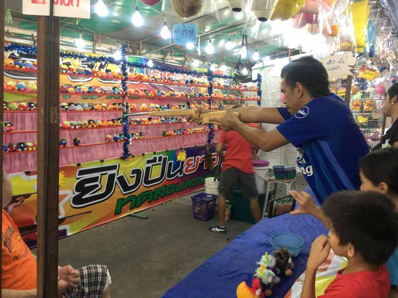 ホイクワンのナイトマーケット