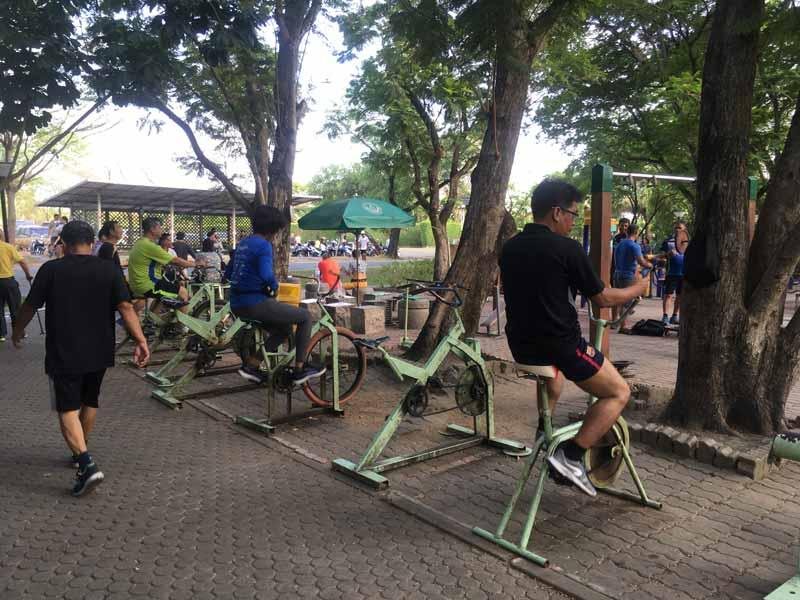 ラマ9公園トレーニングジム