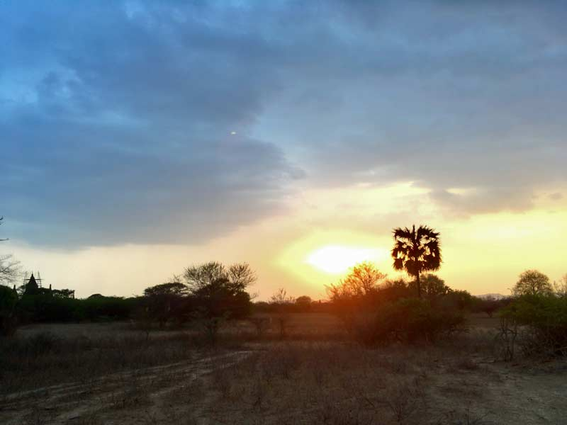 バガンの夕日スポット