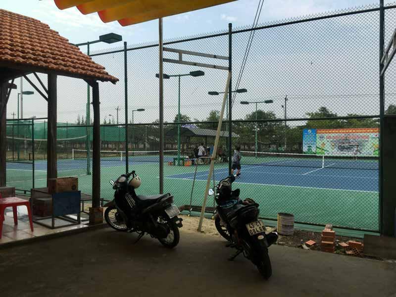 ホイアンのテニスコート