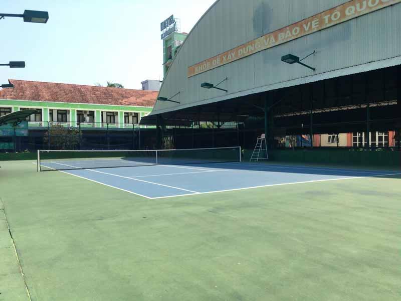 ダナンのテニスコート