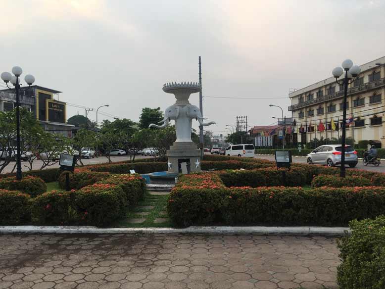 Fa Ngum Statue