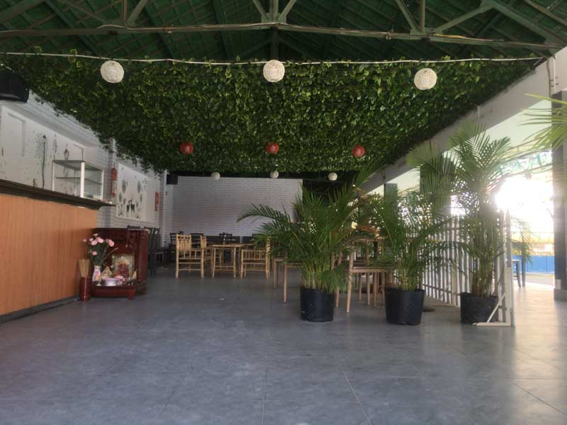 テニスコートのカフェ