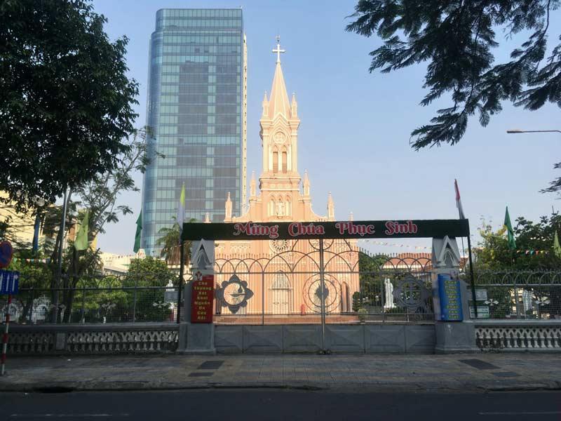 ピンクの教会