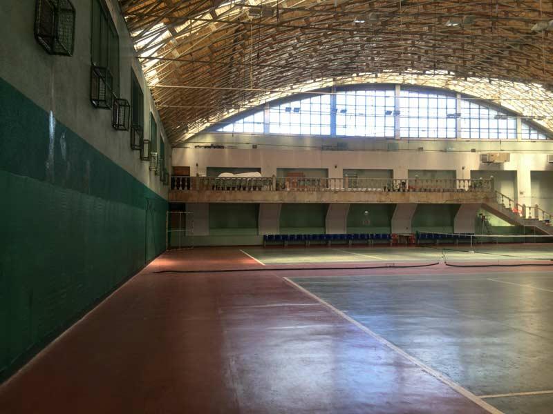 タシケントのインドアテニスコート