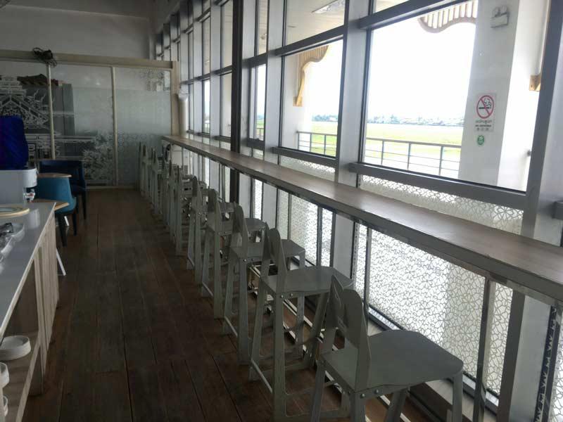 ルアンパバーン国際空港のラウンジ