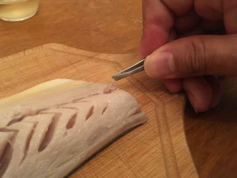 サバを調理