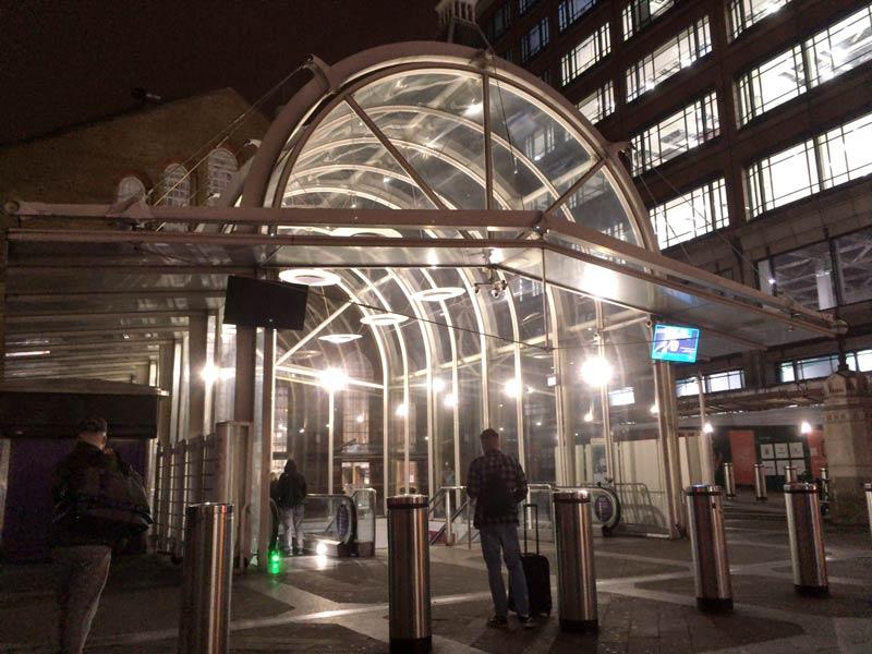 リバプールストリート駅入口