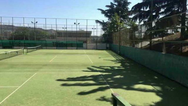トビリシのテニスコート