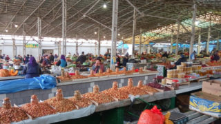 リヴィウの生鮮市場