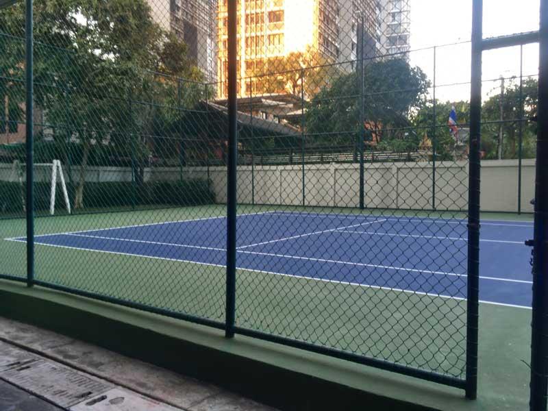 テニスコート付き物件