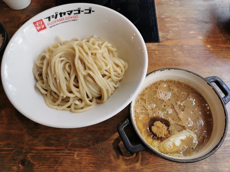 つけ麺フジヤマ55エカマイ店