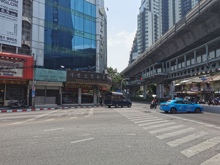 バンコクのトンロー通り